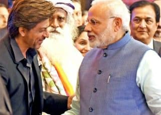 Shah Rukh Khan is really happy to meet PM Narendra Modi at Global Business Summit 2018, this pic is proof