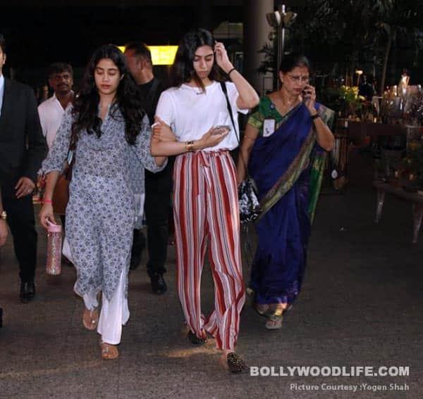 Jahnvi-Kapoor-Khushi-Kapoor-(28)