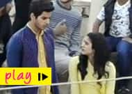 [Video] Janhvi Kapoor engages in casual chat, while Ishaan Khatter is lost in a pensive mood