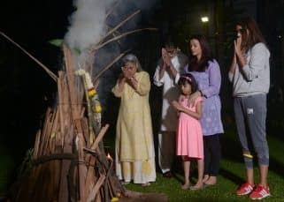 These pictures of Amitabh, Jaya and Aishwarya celebrating a traditional Holi look straight out of a movie scene