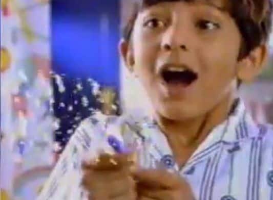 Varun-Dhawan-Nerdy-Dog-Lover
