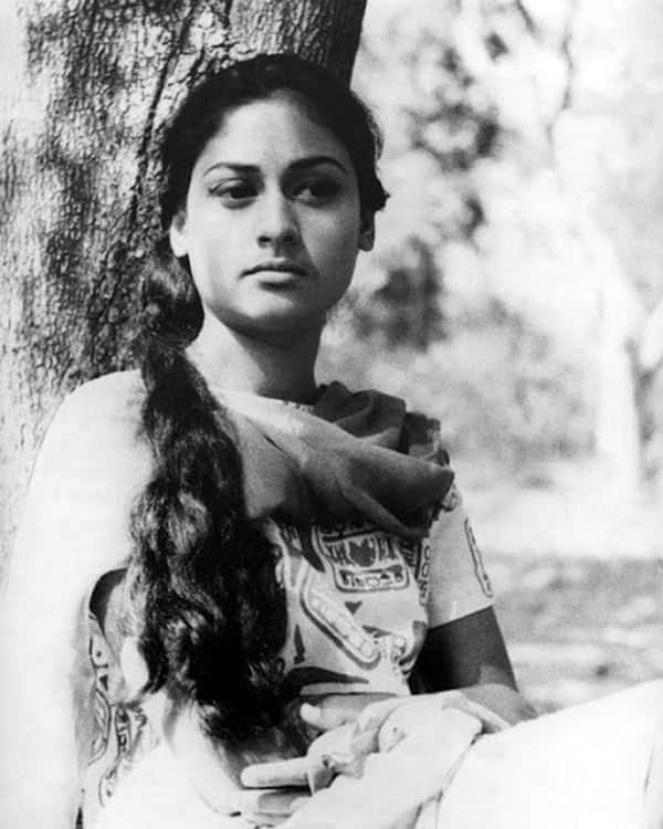 bollywood-ke-kisse-unknown-interesting-facts-and-biograpgy-of-jaya-bachchan-बच्चन