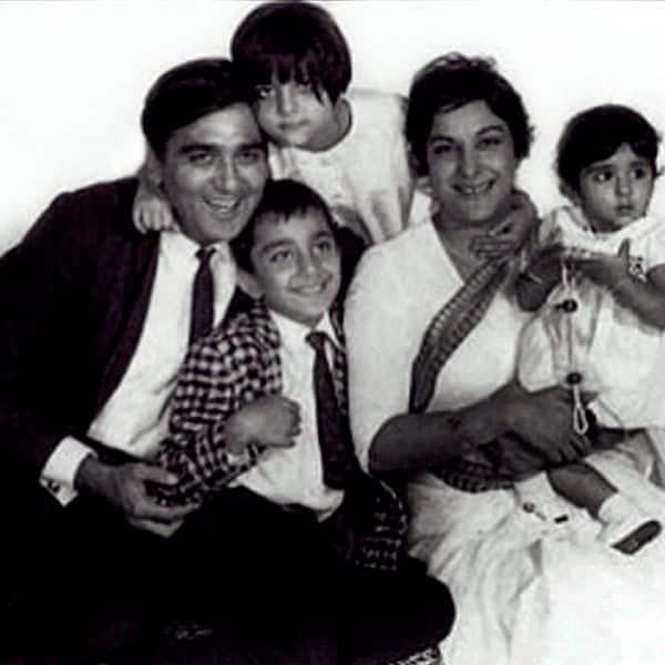 sunil-dutt-with-nargis-and-kids-sanjay-dutt-priya-dutt-and-namrata-dutt-201602-675235