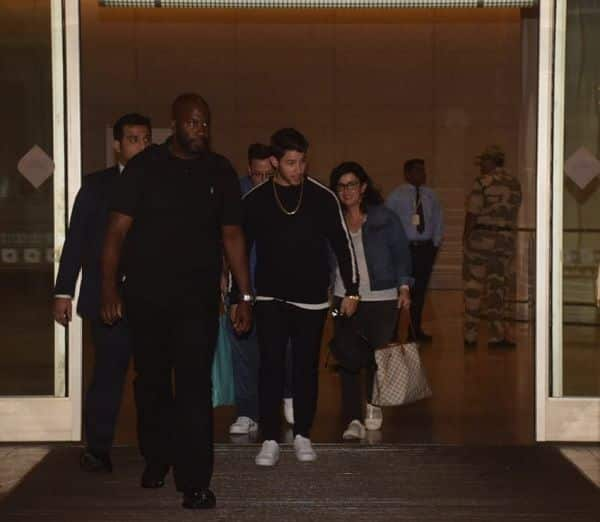 Nick and his parents arrive in India