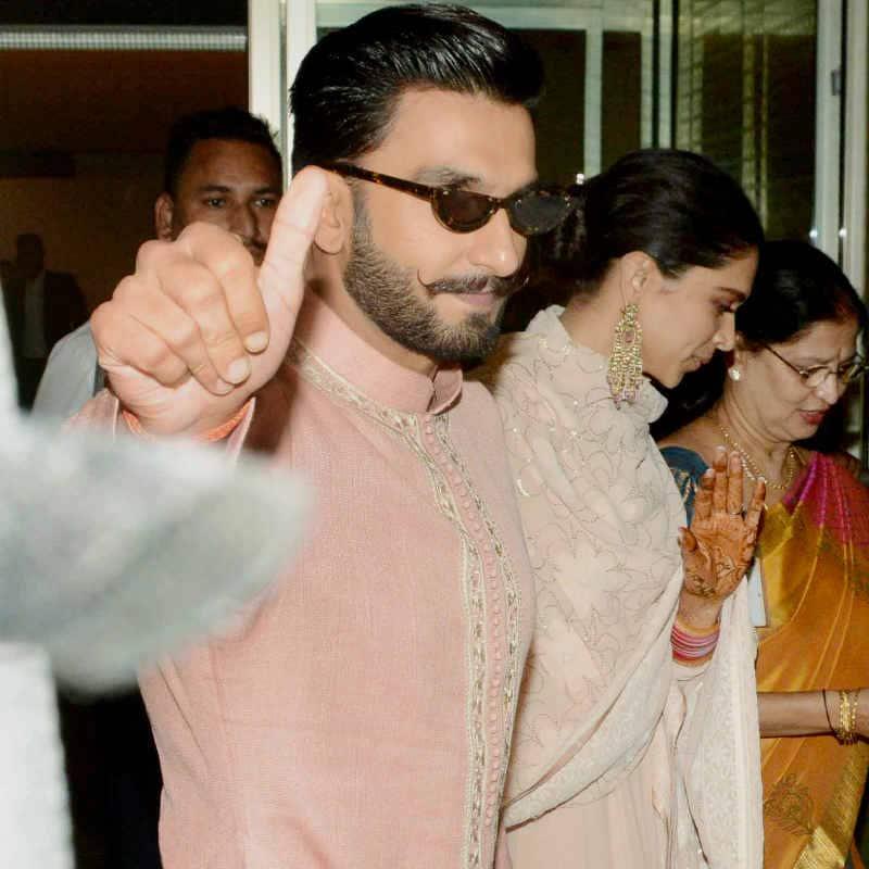 DeepVeer retured Mumbai after their first reception 4