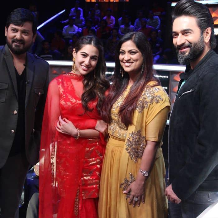 Judges Wajid Khan, Richa Sharma and Shekhar Ravjiani along with Sara Ali Khan on Sa Re Ga Ma Pa