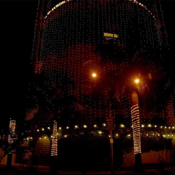Priyanka Chopra's Mumbai house is lighting in Juhu Pics 1 copy