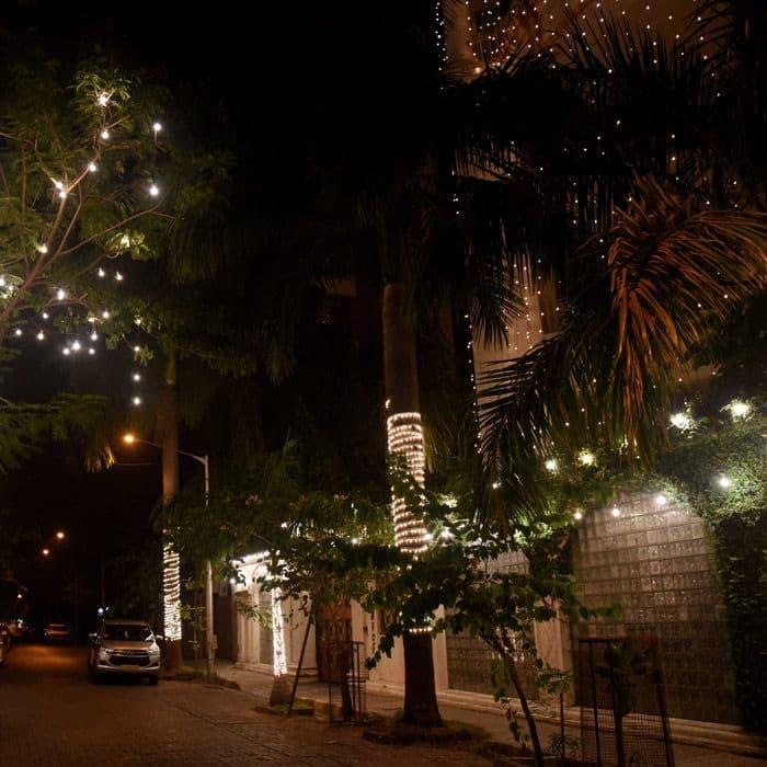 Priyanka Chopra's Mumbai house is lighting in Juhu Pics 5