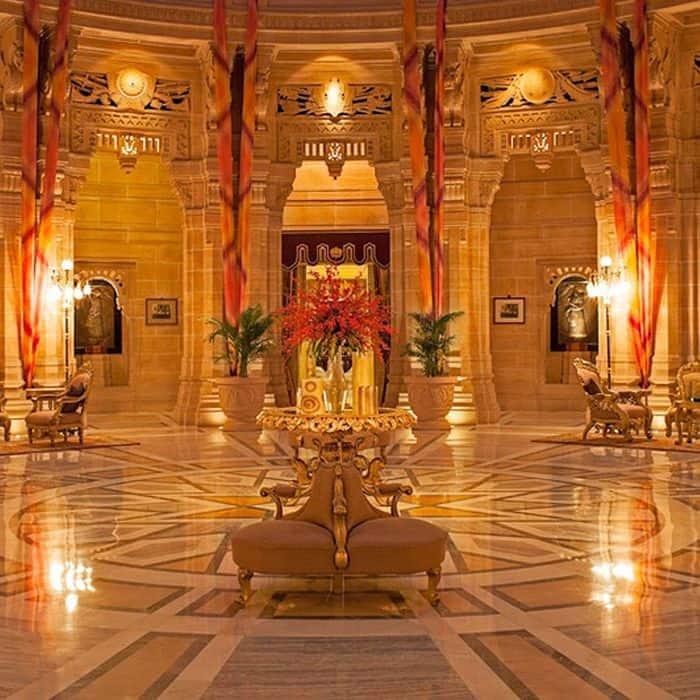 अपनी भव्यता के लिए मशहूर है उम्मैद महल