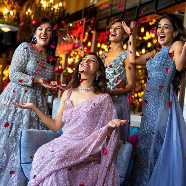 बहनों के साथ दिखा नीति मोहन का अलग अंदाज