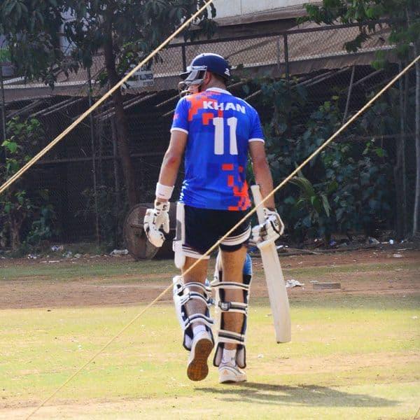 खून में दौड़ता है क्रिकेट प्रेम
