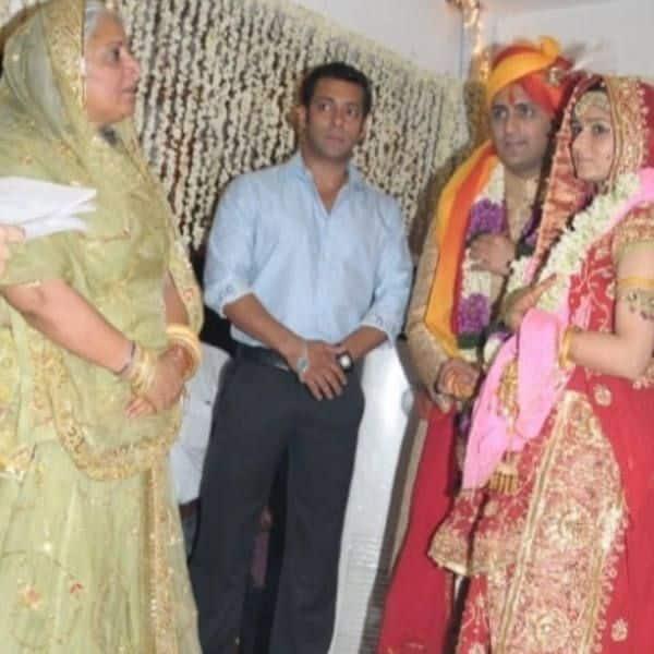 अदाकारा बीना के परिवार में थी शादी
