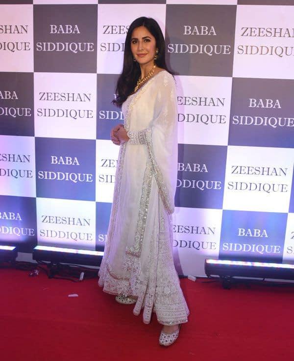 व्हाइट ड्रेस में नजर आई 'भारत' गर्ल