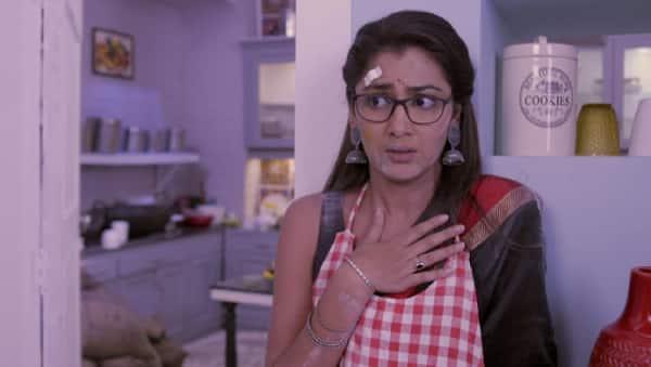 Pragya Spills Atta On Abhi   Abhi & Pragya   Sriti   Shabir  