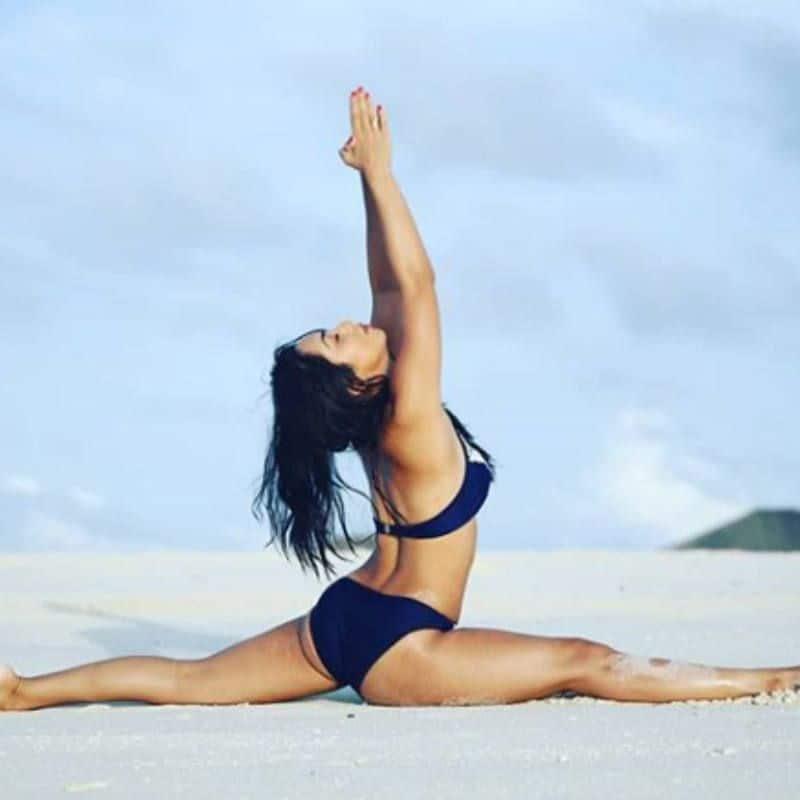 Abigail Pande रोज करती हैं योगा