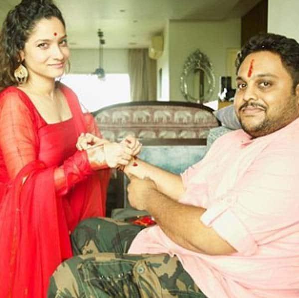 मणिकर्णिका स्टार Ankita Lokhande ने भी मनाया रक्षाबंधन