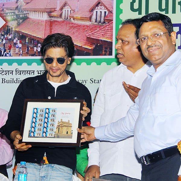 डिजिटल डेब्यू को तैयार शाहरुख खान