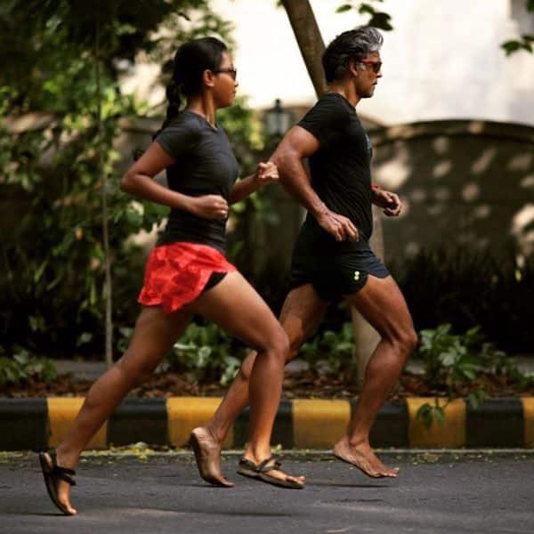 साथ में एक्सरसाइज करते हैं Ankita Konwar और Milind Soman