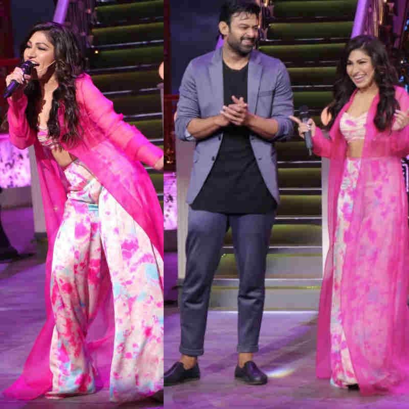 The Kapil Sharma Show पर Tulsi Kumar ने दी जबरदस्त परफॉर्मेंस