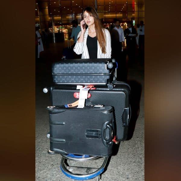 मुंबई एयरपोर्ट पर Ileana D'Cruz आई नजर