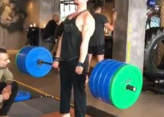 Tiger Shroff's 200 kg deadlift will make your jaws drop! - watch video