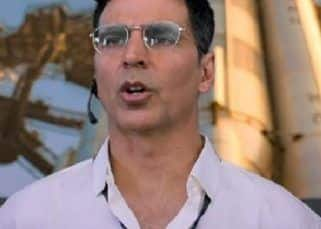 Akshay Kumar travels by Mumbai Metro; goes unrecognized by commuters - watch video