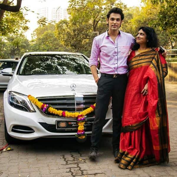 नई कार के साथ पोज देते नजर आए Parth Samthaan