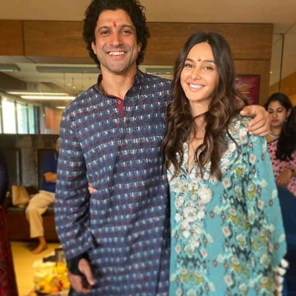 Shibani Dandekar के साथ समय बिताना पसंद करते हैं Farhan Akhtar
