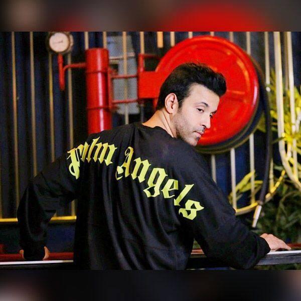 आमिर का आठवां पोस्ट