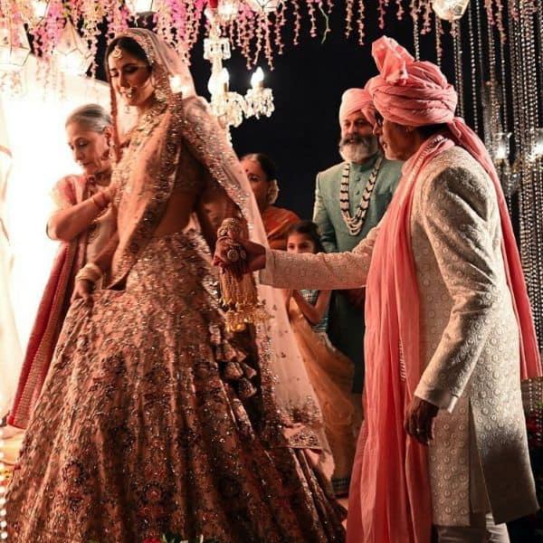 Amitabh Bachchan and Jaya Bachchan turn parents to Katrina Kaif for the beautiful bride's wedding