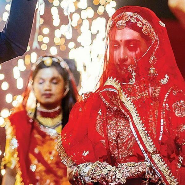 Mohena ने फिर शेयर कर डाली शादी की ये फोटोज Kumari के मन में ताजा हो उठीं यादें