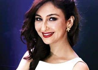 Bhabiji Ghar Par Hain actress Saumya Tandon's personal hair dresser tests POSITIVE for COVID-19; actress asked not to resume shoot
