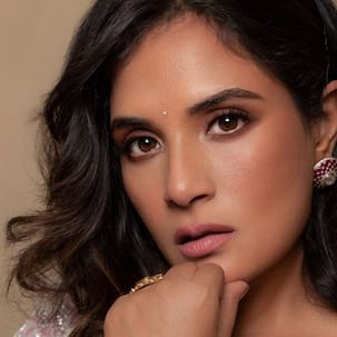 Richa Chadha's self-deprecating humour about her 'chin hair' is hilariously good — view post