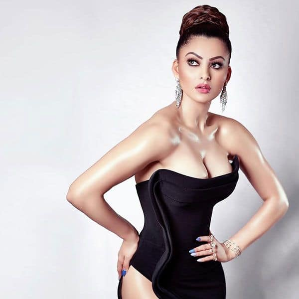 WTF Wednesday: Urvashi Rautela deflecting the blame on her social ...