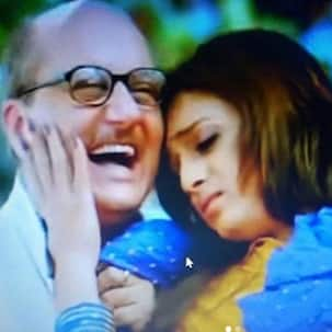 Throwback Thursday: When Anupam Kher had a 'Gone With The Wind' moment while romancing Riteish Deshmukh in Apna Sapna Money Money