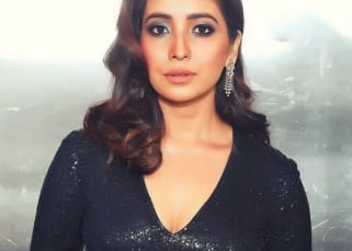 Trending Entertainment News Today – Asha Negi opens up on her kissing scene, Naagin 4 not going off air