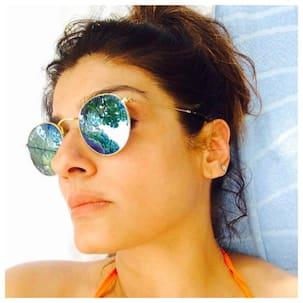 Raveena Tandon recalls meeting Salman Khan for the first time