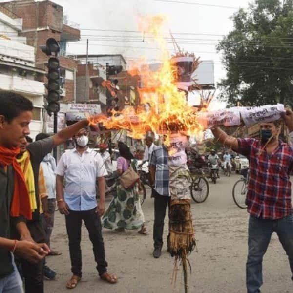 RIP Sushant Singh Rajput: People burn effigies of Salman Khan and Karan Johar in Patna, call his death a murder