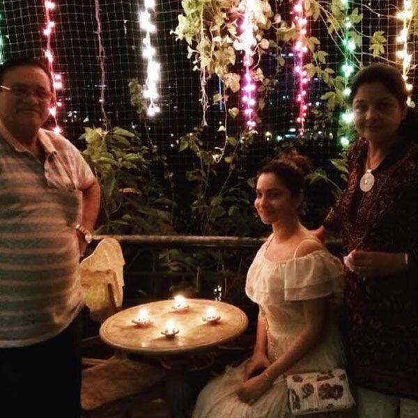 हमेशा अंकिता लोखंडे से मुंबई आते हैं माता-पिता