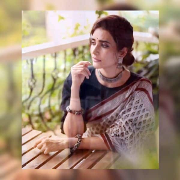 फैंस कर रहे हैं करिश्मा तन्ना की खूब तारीफ
