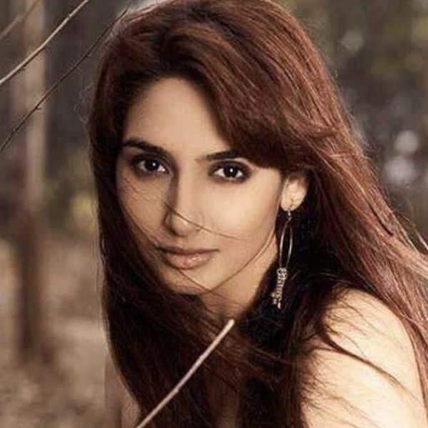Kannada actress Ragini Dwivedi gets arrested by Bengaluru police's Central Crime Branch in Sandalwood drug case
