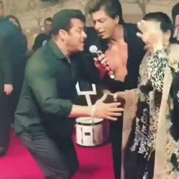 सोनम की शादी में शाहरुख संग झूमते सलमान खान