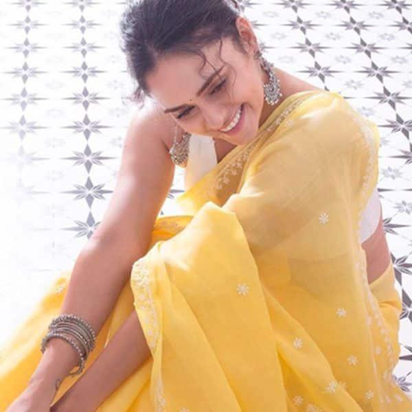 Khatron Ke Khiladi 10 contestant Amruta Khanvilkar looks prettiest in a yellow saree — view pics