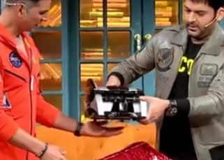 The Kapil Sharma Show: The host gifts Akshay Kumar a cash counting machine, but Akshay has the perfect reply — watch video