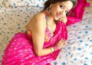 Monalisa champions Indian handloom as she dons a hot pink cotton saree for Durga Puja celebrations — view pics
