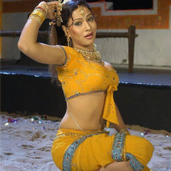 भोजपुरी सिनेमा पर राज करती हैं पाखी हेगड़े