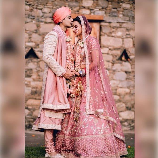 पत्नी के माथे को चूमते दिखे प्रियांशु पैन्यूली
