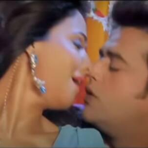 'बाजे खटिया चर-चर' गाने में रवि किशन और पाखी हेगड़े की दिखी रोमांटिक केमिस्ट्री, वीडियो इंटरनेट पर हुआ वायरल