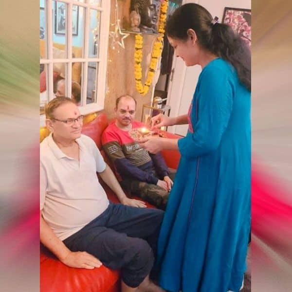 अंकिता लोखंडे की मां ने भी की पूजा