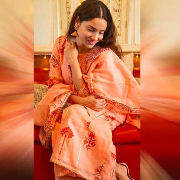 नारंगी रंग का सूट पहनकर इठलाईं अंकिता लोखंडे
